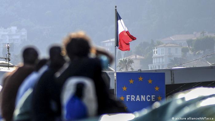 Italien Grenze Frankreich Ventimiglia Flüchtlinge (picture alliance/AA/Tacca)