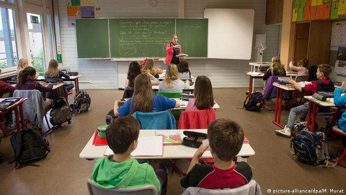 Quem é responsável pela política educacional na Alemanha?