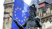 Karl der Große vor dem Aachener Rathaus: ein ganz eigenes Verhältnis zum Papst