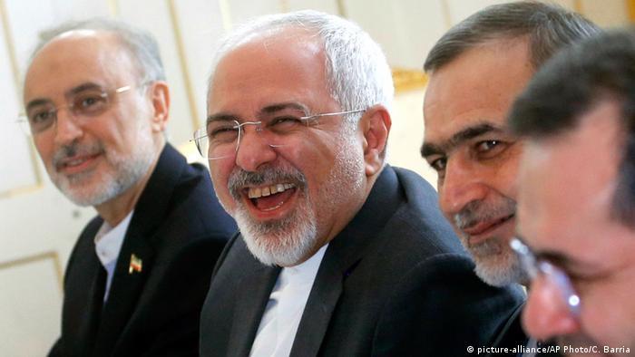 Wien Atomgespräche mit dem Iran Zarif (picture-alliance/AP Photo/C. Barria)