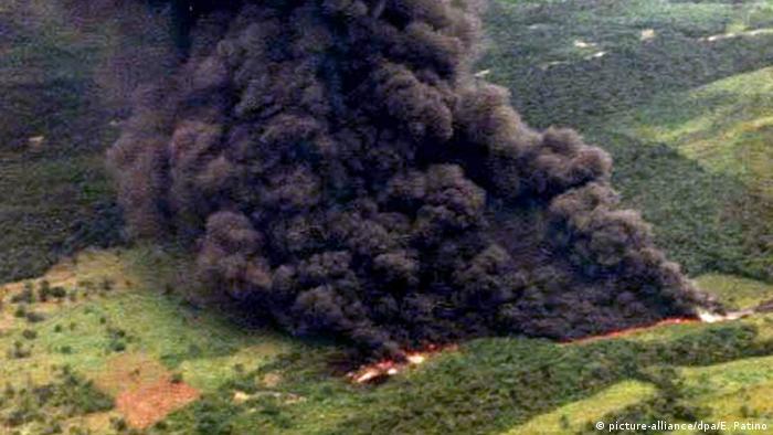 Kolumbien Cano Limon Anschlag auf Ölpipeline 2001