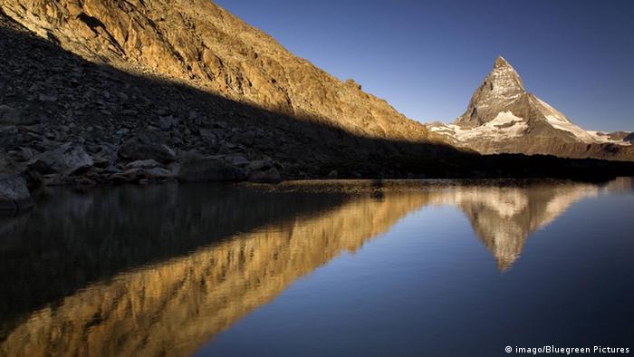 Schweiz Matterhorn Alpinismus Bergsee
