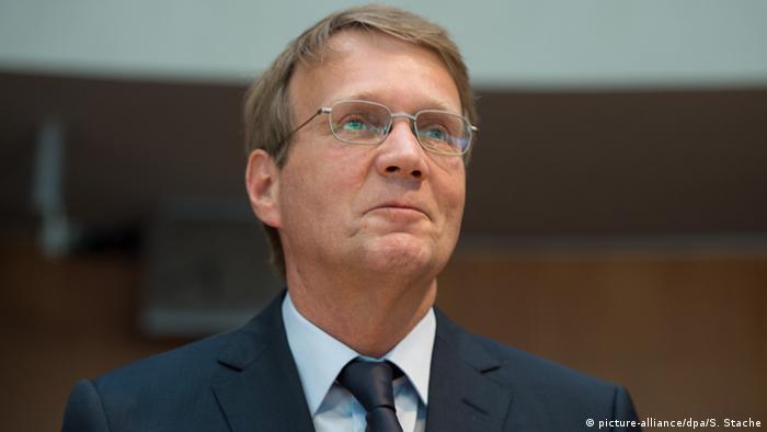 Deutschland NSA-Untersuchungsausschuss Ronald Pofalla (picture-alliance/dpa/S. Stache)