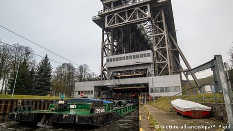 Zehn Gründe für Brandenburg Deutschland Bildergalerie polnisches Schubschiff Schiffsfahrstuhl