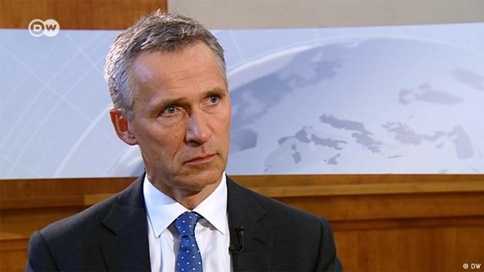 Генеральний секретар НАТО Єнс Столтенберг під час інтерв'ю DW