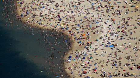 Wetter Symboldbild Hitze Silbersee Schwimmen See