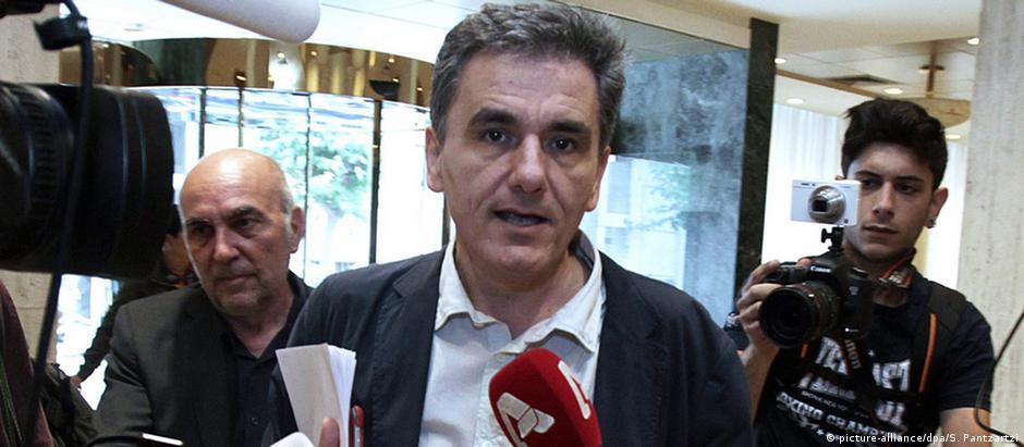 Tsakalotos é membro do partido de esquerda Syriza e keynesiano convicto