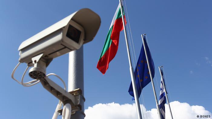 0accfc287d3 Миграцията на гръцки фирми към България е явление, добре познато от  последните години. Но от един репортаж на гръцката телевизия СКАЙ става  ясно и друго: че ...