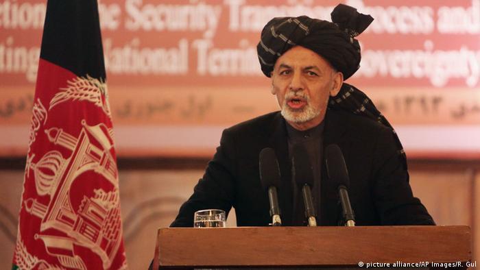 Der afghanische Präsident Ashraf Ghani bei einer Rede am 1. Januar 2015 - einen Tag nach dem offiziellen Ende der NATO-Kampfmission (Foto: picture alliance/AP Images/R. Gul)
