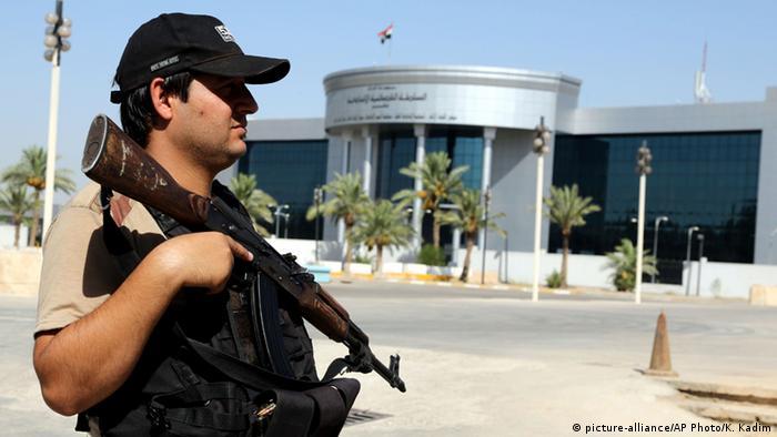 El Tribunal Supremo de Irak declaró hoy inconstitucional el referéndum de independencia celebrado por la región autónoma del Kurdistán el pasado 25 de septiembre y anuló sus resultados. (20.11.2017).