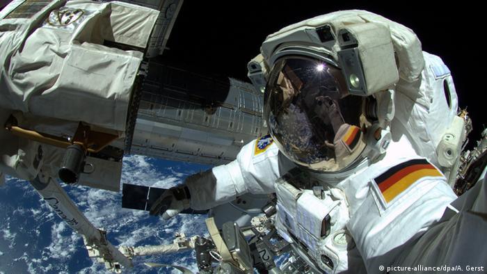 El astronauta alemán Alexander Gerst en la Estación Espacial Internacional (ISS). (7.10.2014).