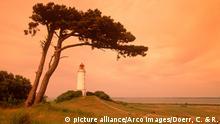 Lighthouse, Isle Hiddensee, Mecklenburg-Western Pommerania, Germany / Leuchtturm, Dornbusch, Insel Hiddensee, Mecklenburg-Vorpommern, Deutschland / Europa, europe, Querformat, horizontal, Stimmung, mood