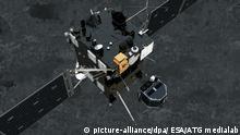 HANDOUT - Still image from animation of Philae separating from Rosetta and descending to the surface of comet 67P/Churyumov-Gerasimenko in November 2014. Photo: ESA/ATG medialab/dpa HANDOUT EDITORIAL USE ONLY (zu dpa Raumfahrtagentur Esa verlängert «Rosetta»-Mission am 23.06.2015) +++(c) dpa - Bildfunk+++