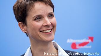 AfD Presskonferenz Frauke Petry