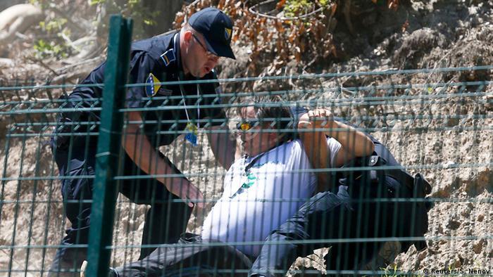 Jedna osoba uhapšena nakon napada na Aleksandra Vučića u Potočarima