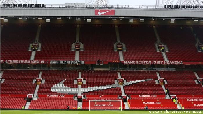 Nike logo in a stadium (picture alliance/Back Page Images)