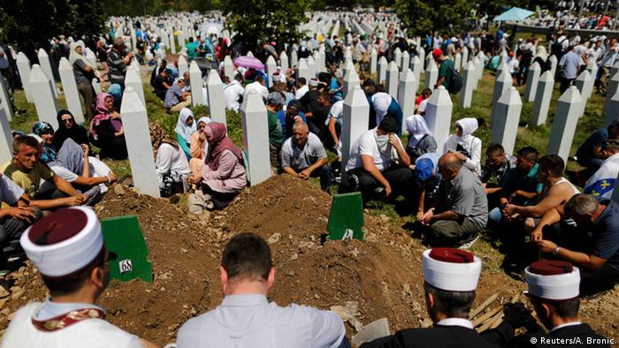 20 Jahre Völkermord in Srebrenica (Reuters/A. Bronic)