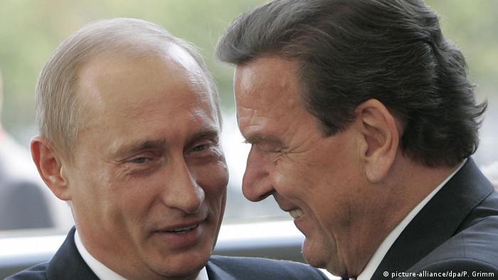 Шрёдер и Путин (фото из архива)