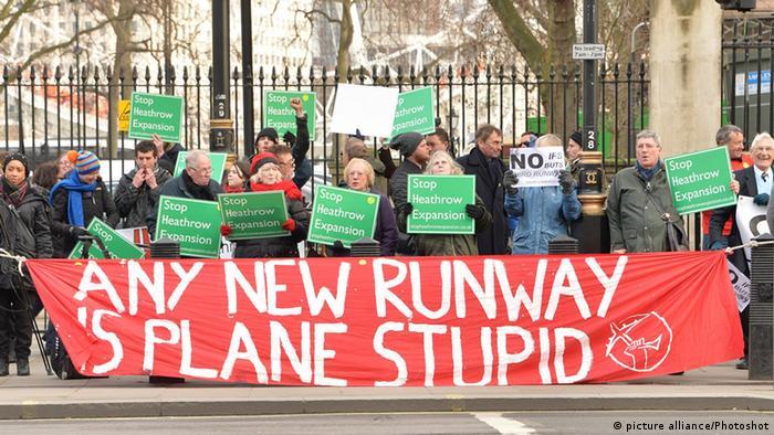 Heathrow-Flughafen Umweltaktivist Protest
