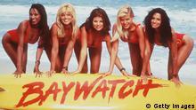 Bildunterschrift:1996 The Girls Of 'Baywatch.' From L-R: Traci Bingham, Donna D'Errico, Yasmine Bleeth, Gena Lee Nolin And Nancy Valen. Baywatch (Photo By Getty Images)