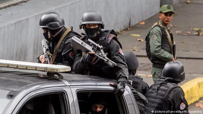 Venezuela Operation gegen die organisierte Kriminalität in Caracas (picture-alliance/dpa/M. Gutierrez)