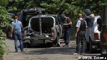 Ein Wagen mit dem Symbol der der Organisation Rechter Sektor Mukatschewe Ukraine