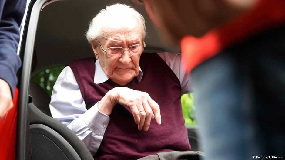 'Auschwitz's bookkeeper' loses on appeal