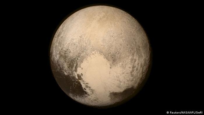 Aufnahme von Pluto durch Raumsonde New Horizons