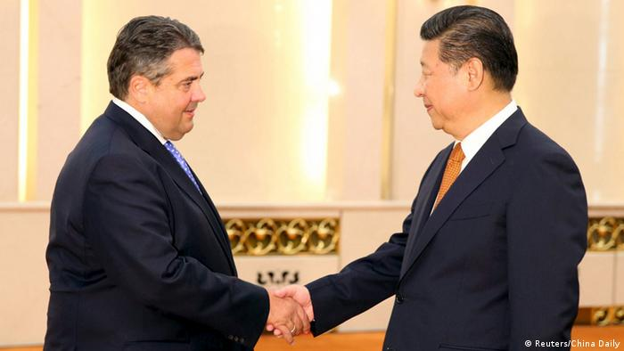Sigmar Gabriel besucht China (Reuters/China Daily)
