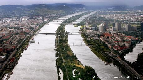 Österreich, Blick auf die Donau