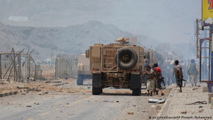 Aden port recaptured by Saudi-backed militiamen