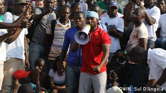 Angola Movimento Revolucionário - Adolfo Campos