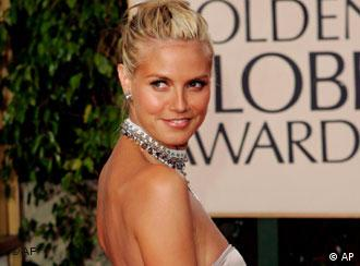 Heidi Klum quite aptly takes Hans and Franz to the Golden Globes Awards
