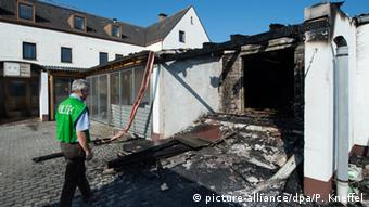 Planned refugee home in Reichertshof, Bavaria after being set on fire by arsons, Copyright: picture-alliance/dpa/P. Kneffel