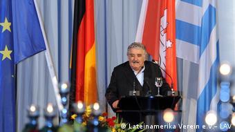 El Día de Latinoamérica se ha convertido en cita obligada de presidentes latinoamericanos. En 2011 estuvo el uruguayo José Mujica.