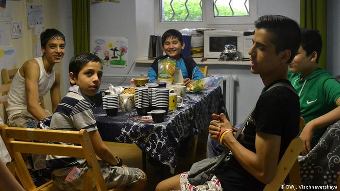 Ученики школы для беженцев в Москве