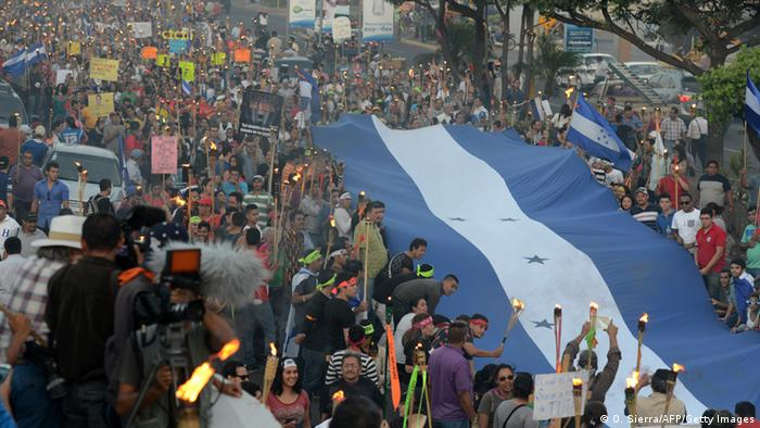 Masivas manifestaciones contra la corrupción. Tegucigalpa 17 de julio de 2015.