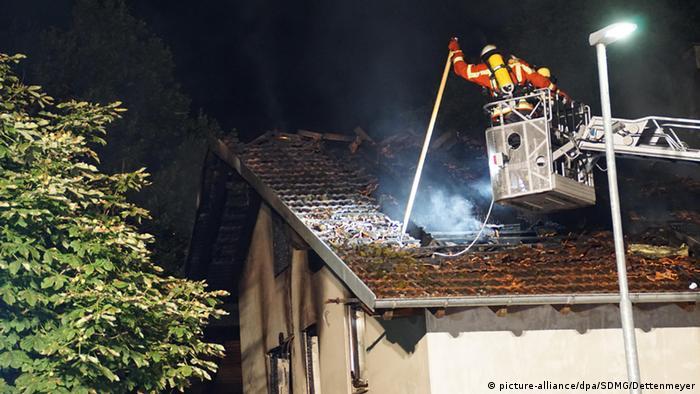 Deutschland Brand in künftiger Asylbewerberunterkunft in Remchingen bei Karlsruhe