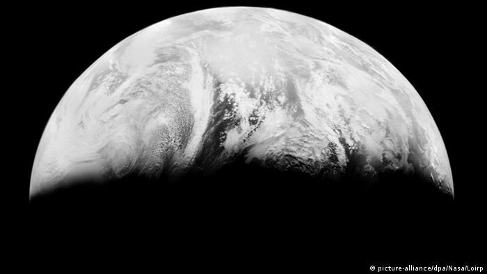 Weltraum Planeten (Bildergalerie) Erde 1966