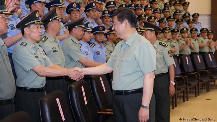 China Xi Jinping Besuch bei der Armee