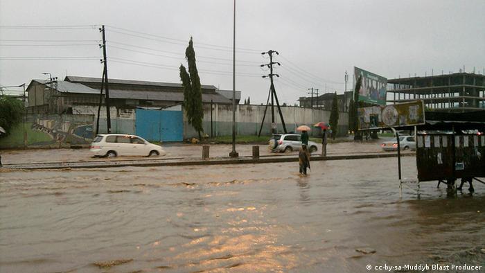 Tansania Dar Es Salaam Überschwemmungen 2011