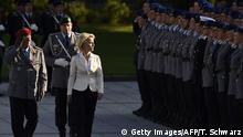 Deutschland, Ursula von der Leyen bei Gelöbnis