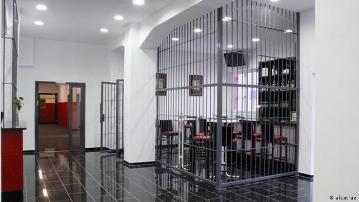 Zehn verrückte Hotels in Deutschland (Bildergalerie) Hotel Alcatraz Kaiserslautern