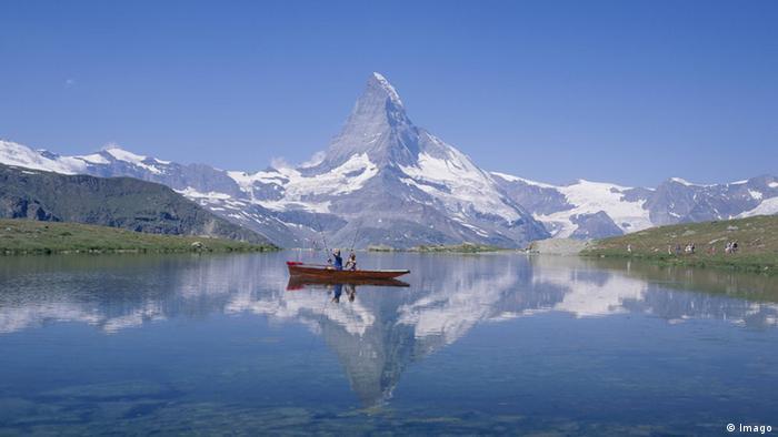 Schweiz Matterhorn Fischerboot