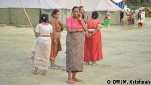 Women continue to be the object of sexual violence following the earthquakes in Nepal. The women in a temporary relief camp in Kavre district. Bild: DW/Murali Krishnan Juni 2015