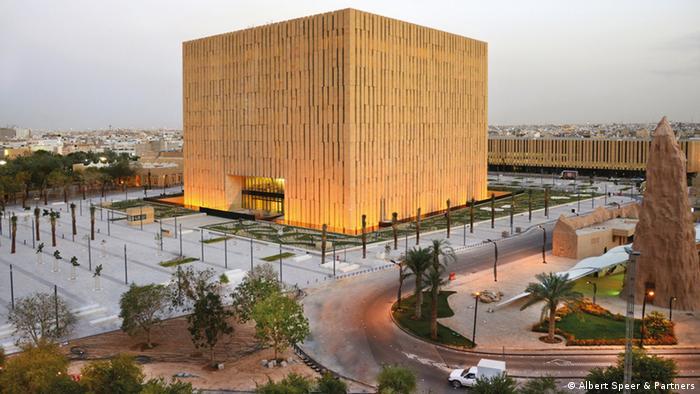 Entwurf ASP Gerichtskomplex