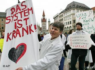 Eine Demonstration von Ärzten