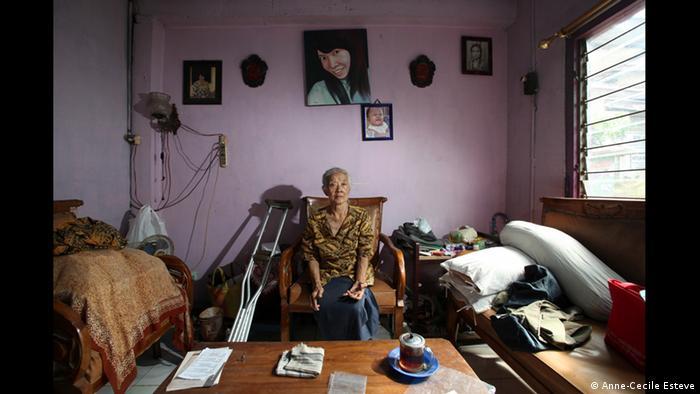 Nik aus Yogyakarta, Ausstellung The Act of Living (Foto: Anne-Cecile Esteve/www.acesteve.com)