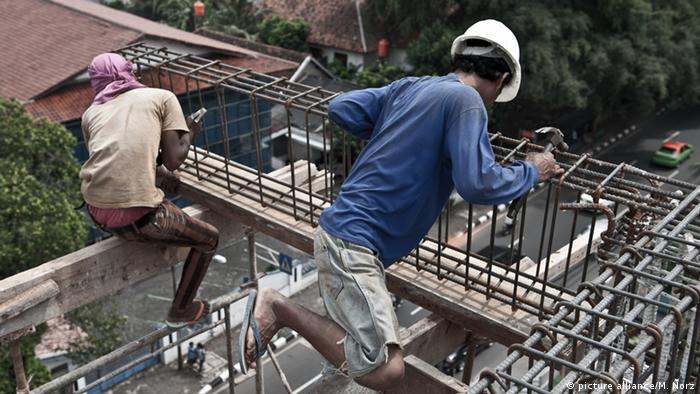 Indonesien Kinderarbeit (Bildergalerie) (picture alliance/M. Norz)