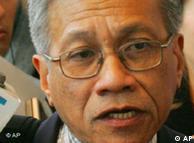 Walden Bello: debilitar a la OMC y terminar con el FMI.